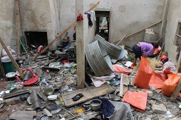 Vụ nổ khiến 5 người thương vong ở Hà Tĩnh: Tang thương bao phủ xóm nghèo - Ảnh 1.