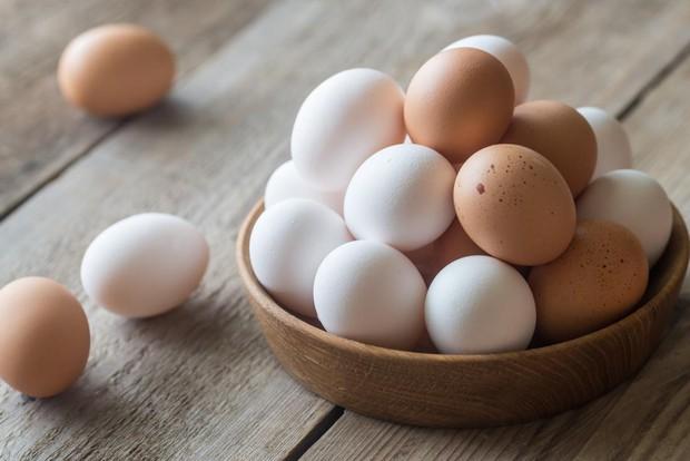 Hỏi đơn giản mà mà ít ai biết câu trả lời: Những chú gà con ở trong quả trứng kín mít làm sao thở được nhỉ? - Ảnh 1.