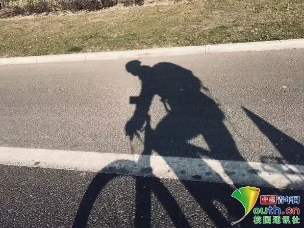 Sợ cảnh chen chúc tàu xe, nam sinh đạp xe 500km, đi hết 7 ngày để về nhà ăn Tết - Ảnh 6.