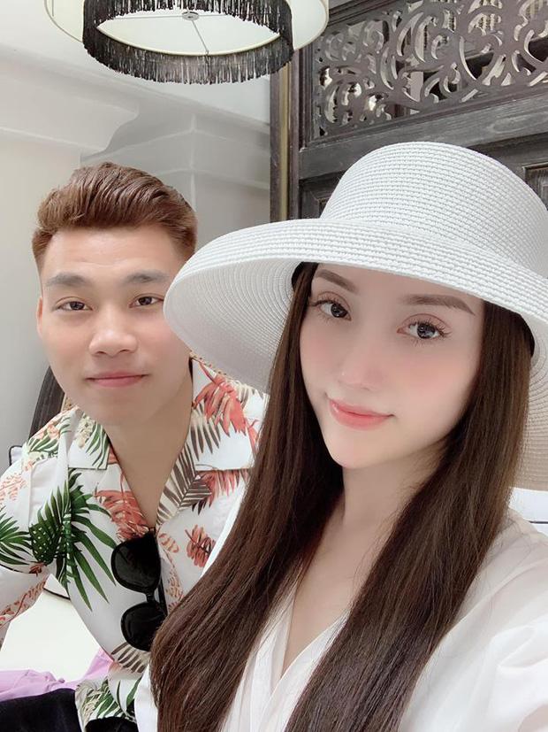Khoe ảnh về quê ăn Tết với bạn gái, Văn Thanh nhận bão lời khen vì đẹp trai như oppa xứ Hàn! - Ảnh 4.
