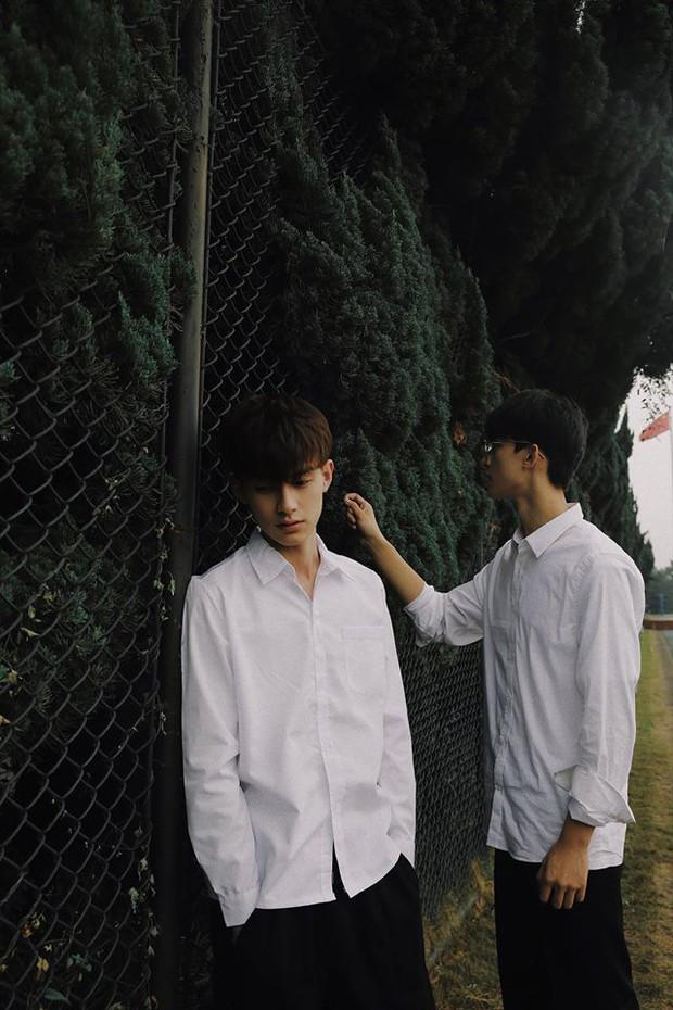 Hai hot boy Trung Quốc khoe bộ ảnh đậm mùi chemistry làm dân tình thi nhau đẩy thuyền - Ảnh 16.