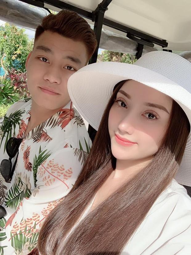 Khoe ảnh về quê ăn Tết với bạn gái, Văn Thanh nhận bão lời khen vì đẹp trai như oppa xứ Hàn! - Ảnh 1.