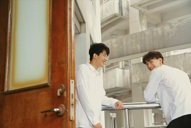 Hai hot boy Trung Quốc khoe bộ ảnh đậm mùi chemistry làm dân tình thi nhau đẩy thuyền - Ảnh 4.