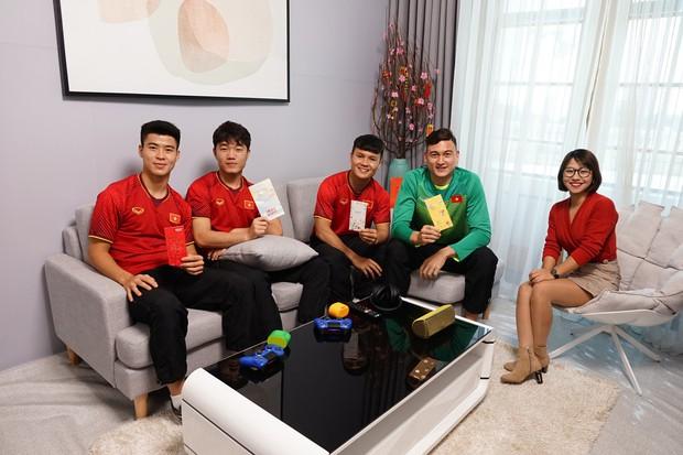 Tuyển thủ Việt Nam: Quan trọng nhất của năm mới là phải có sức khỏe - Ảnh 6.