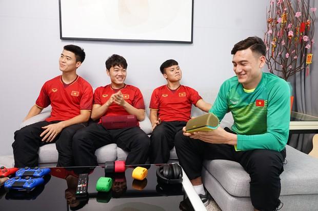 Tuyển thủ Việt Nam: Quan trọng nhất của năm mới là phải có sức khỏe - Ảnh 8.