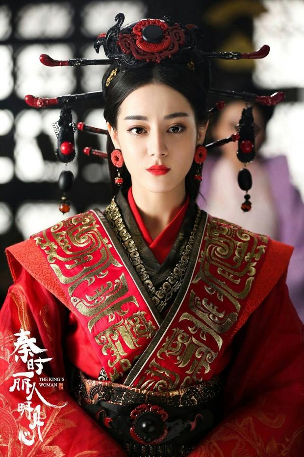 Lạ kì phim nữ chủ xứ Trung: Chuyện đời lặp đi lặp lại dành cho mọi nhân vật nữ chính - Ảnh 9.