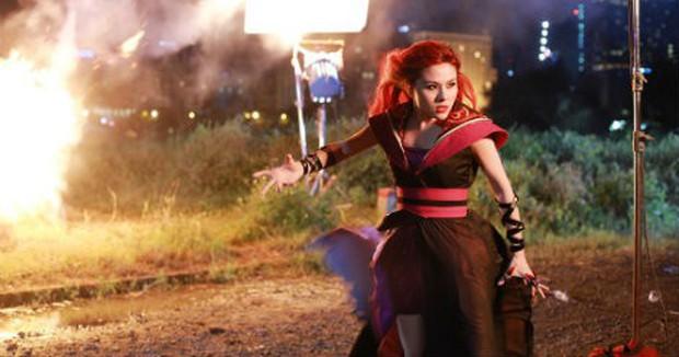 Táo Quậy sáng tạo chôm sợi roi da Sự Thật của Wonder Woman nhưng vẫn không cứu được kĩ xảo chú cá nhựa - Ảnh 8.