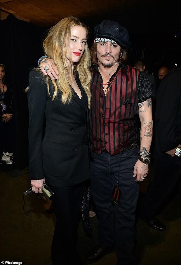 Amber Heard tố Johnny Depp hành hung cô như một con quái vật nhưng nam tài tử đáp lại bằng một điều bất ngờ - Ảnh 1.
