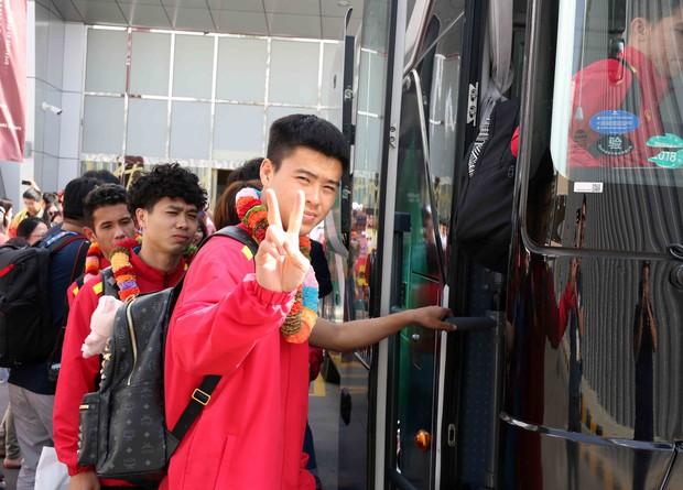 Tuyển Việt Nam được đón như khách VIP khi tới UAE - Ảnh 3.