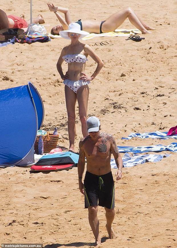 51 tuổi và 2 lần sinh con, minh tinh Aquaman Nicole Kidman vẫn có được body nuột nà và cả bụng 6 múi như điêu khắc - Ảnh 5.