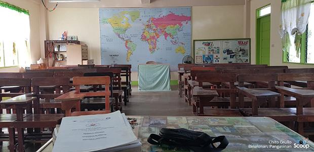 Sau kỳ nghỉ lễ, thầy giáo đến lớp và bất ngờ chưa: Chỉ có một học sinh đi học! - Ảnh 1.