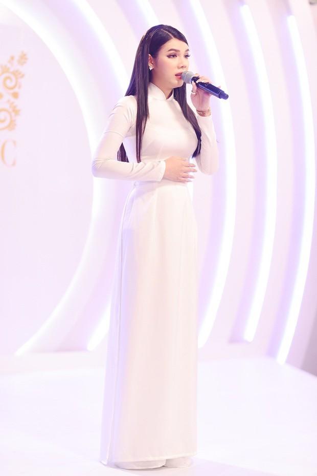 Đây là 9 cô gái cạnh tranh vương miện người đẹp chuyển giới kế nhiệm Hương Giang - Ảnh 12.