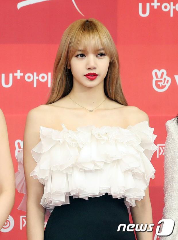 Thảm đỏ Grammy Hàn Quốc: Jennie lột xác nhưng suýt vồ ếch, mỹ nhân Black Pink lấn át cả Park Min Young và dàn idol - Ảnh 10.
