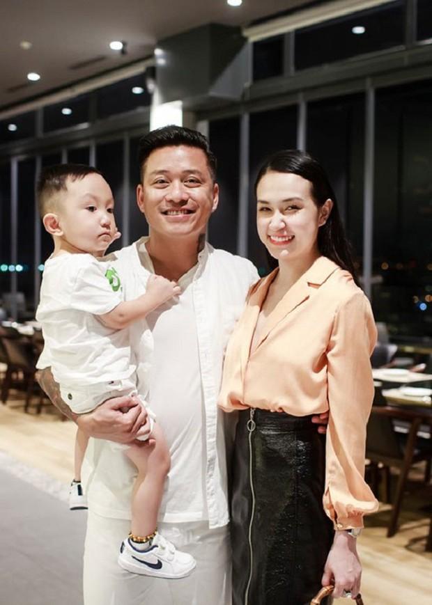 Tuấn Hưng hạnh phúc thông báo bà xã Hương Baby đang mang thai lần 3, gia đình sắp có thêm thành viên mới - Ảnh 2.