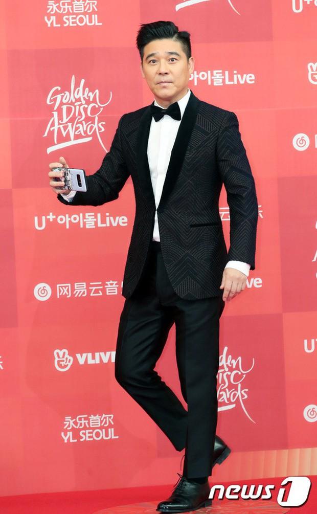Thảm đỏ Grammy Hàn Quốc: Jennie lột xác nhưng suýt vồ ếch, mỹ nhân Black Pink lấn át cả Park Min Young và dàn idol - Ảnh 31.