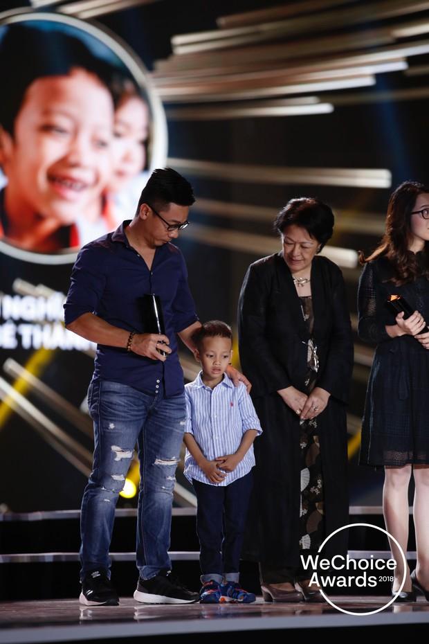 HLV Park Hang Seo và ĐTQG Việt Nam, bé Hải An và mẹ, KTS Phạm Đình Quý, HHen Niê và cậu bé xếp dép chính là top 5 Đại sứ truyền cảm hứng 2018 - Ảnh 7.