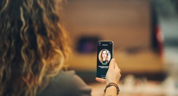Bất ngờ với chuyên gia Trung Quốc tuyên bố hack Face ID trên iPhone X chỉ bằng một bức ảnh - Ảnh 2.