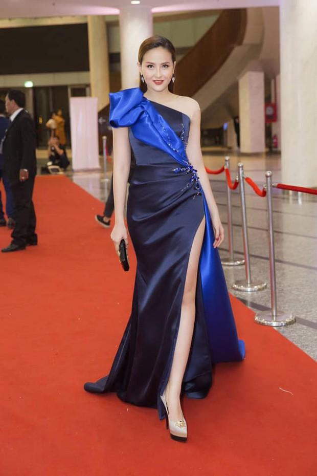 Màn đọ sắc cực gắt của dàn Hoa hậu đình đám nhất Vbiz trên thảm đỏ WeChoice: Sang chảnh và đỉnh cao là đây! - Ảnh 10.