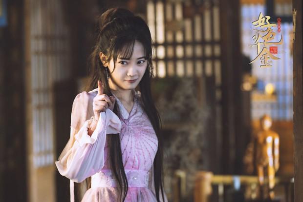 """""""Mê trai"""" như nữ chính Thiên Kim Háo Sắc thì có đầu thai cũng chẳng hết! - Ảnh 3."""