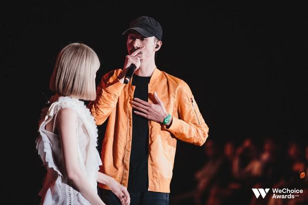 Đen và Min mang đến màn kết hợp chưa từng có, khiến khán giả nhún nhảy với thông điệp sống tích cực - Ảnh 6.