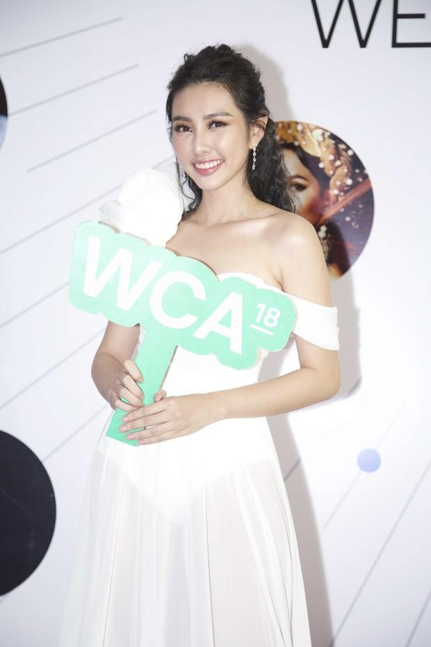 Màn đọ sắc cực gắt của dàn Hoa hậu đình đám nhất Vbiz trên thảm đỏ WeChoice: Sang chảnh và đỉnh cao là đây! - Ảnh 23.