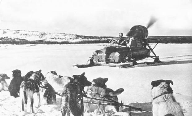Xe ô tô trượt địa hình bằng động cơ máy bay của Liên Xô – như viễn tưởng mà hóa ra là có thật - Ảnh 4.