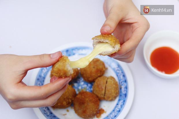 Giữa trời đông Hà Nội không thể không tan chảy trước món nem chua rán nhân phô mai này được - Ảnh 1.