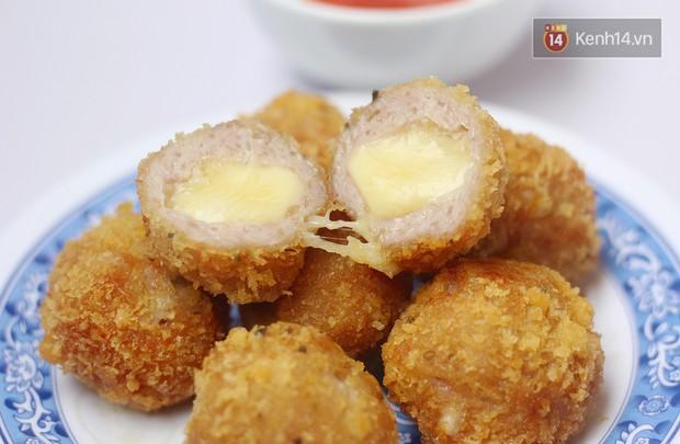 Giữa trời đông Hà Nội không thể không tan chảy trước món nem chua rán nhân phô mai này được - Ảnh 3.