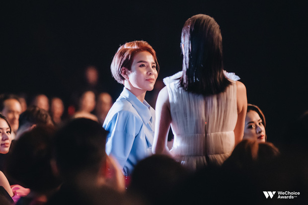 Nghệ sĩ Việt bày tỏ cảm xúc sau đêm Gala WeChoice Awards 2018: Vỡ oà xúc động, hạnh phúc vì những câu chuyện đầy ý nghĩa! - Ảnh 4.