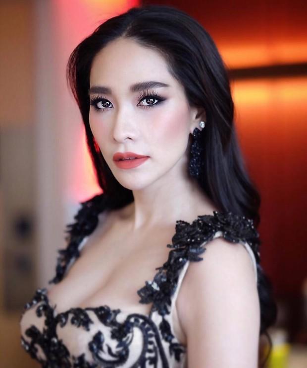 Top mỹ nhân đình đám Thái Lan sở hữu chiếc mũi cực phẩm, khiến chị em phụ nữ ghen tị và khao khát nhất - Ảnh 11.