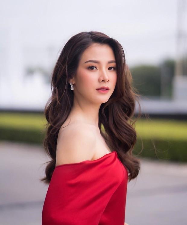 Top mỹ nhân đình đám Thái Lan sở hữu chiếc mũi cực phẩm, khiến chị em phụ nữ ghen tị và khao khát nhất - Ảnh 17.