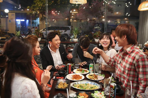 Vừa xuất hiện ở web drama của Hari Won, Trấn Thành đã bị gia đình vợ vùi dập tơi bời xác pháo - Ảnh 1.