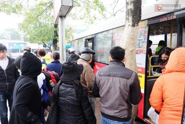 Hướng dẫn mua vé xe/ tàu miễn phí về quê ăn Tết Nguyên đán dành cho sinh viên - Ảnh 8.