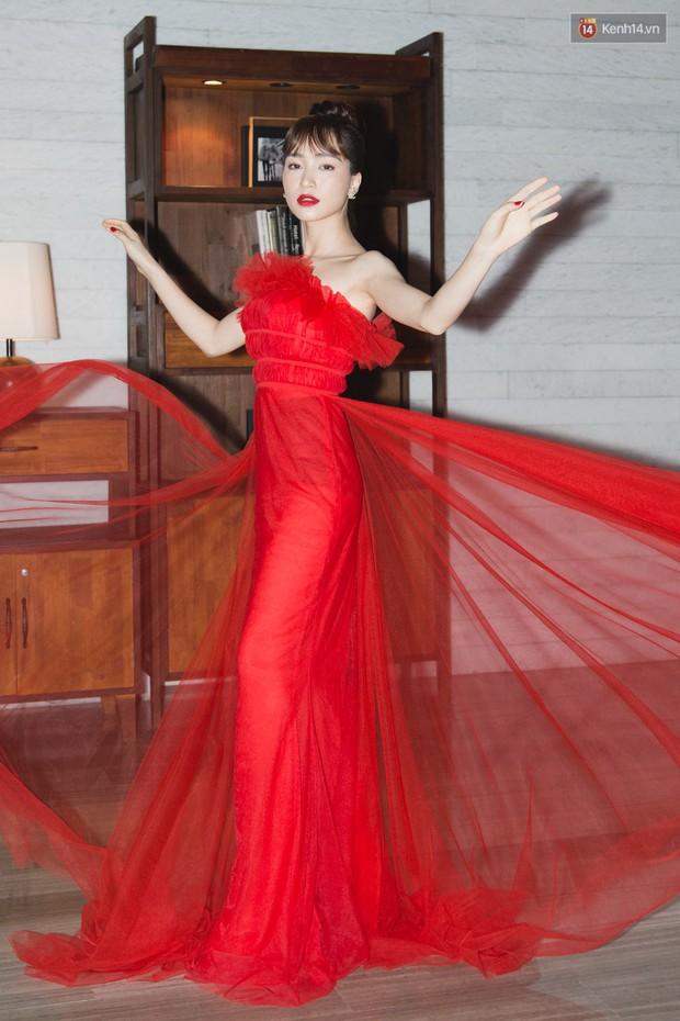 Spotlight thảm đỏ của NTK Lý Quí Khánh: Khi Hòa Minzy trông còn Hoa hậu hơn cả Hoa hậu Tiểu Vy - Ảnh 3.
