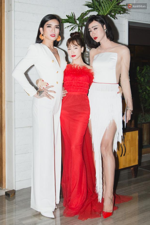 Spotlight thảm đỏ của NTK Lý Quí Khánh: Khi Hòa Minzy trông còn Hoa hậu hơn cả Hoa hậu Tiểu Vy - Ảnh 4.