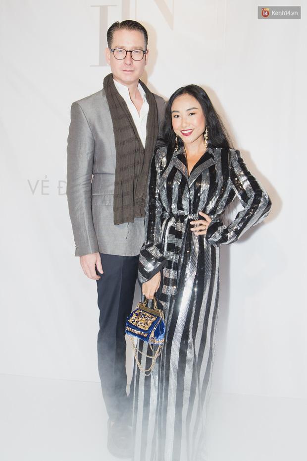 Spotlight thảm đỏ của NTK Lý Quí Khánh: Khi Hòa Minzy trông còn Hoa hậu hơn cả Hoa hậu Tiểu Vy - Ảnh 15.