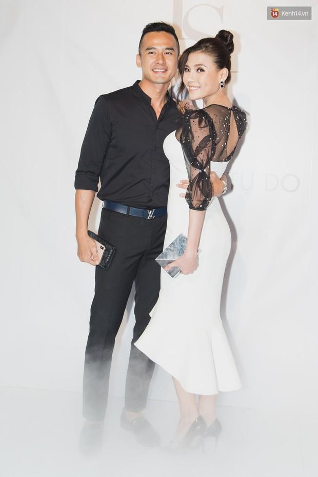Spotlight thảm đỏ của NTK Lý Quí Khánh: Khi Hòa Minzy trông còn Hoa hậu hơn cả Hoa hậu Tiểu Vy - Ảnh 17.