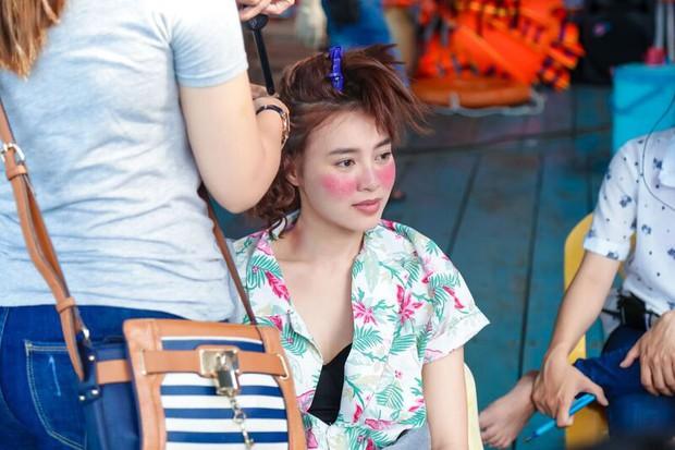 Ninh Dương Lan Ngọc bị xài hao đến mức tóc rụng xơ xác, chú bảo vệ nhầm là bà thím ăn xin vì Mối Tình Đầu Của Tôi - Ảnh 4.