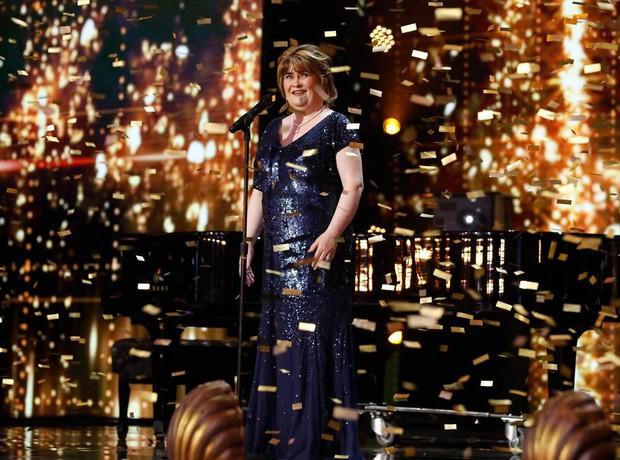 Đẳng cấp hiện tượng Susan Boyle: Lượt xem gần 3 triệu, bỏ xa mọi đối thủ tại Americas Got Talent - Ảnh 2.