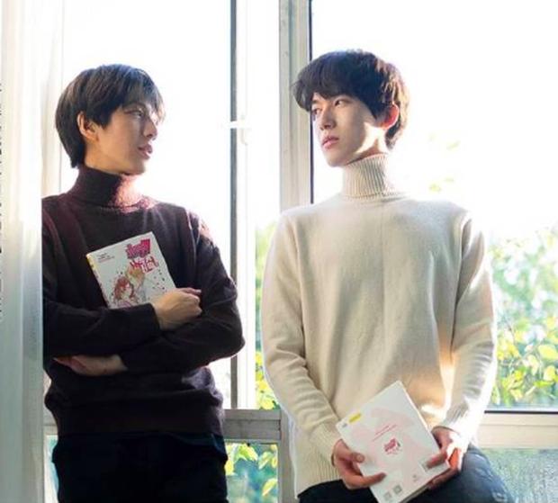 Để ủng hộ LGBT, các trường ở Nhật sẽ không hỏi học sinh giới tính gì khi điền tờ khai dự thi THPT - Ảnh 2.