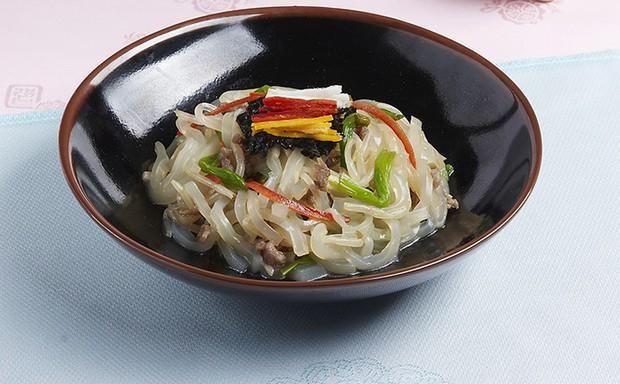 Khám phá sở thích trộn cả thế giới trong ẩm thực của người Hàn Quốc - Ảnh 3.