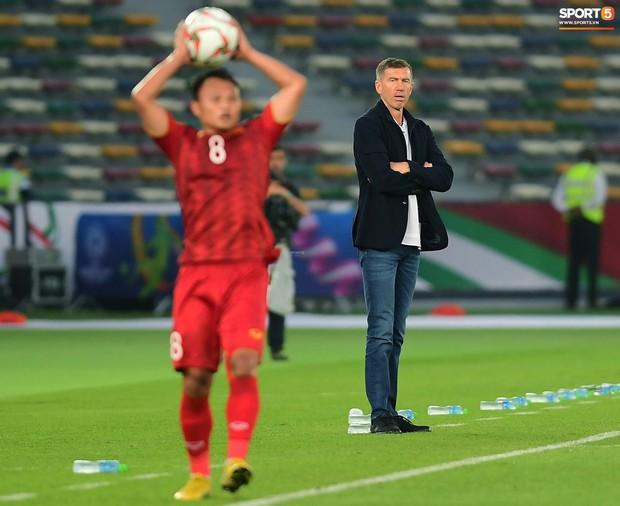 HLV Srecko Katanec: Việt Nam khiến Iraq trải qua một hiệp đấu kinh khủng - Ảnh 1.
