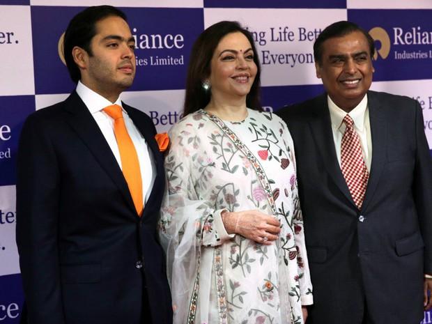 Đằng sau đám cưới thế kỷ của Ấn Độ năm 2018: Xuất thân hoàn hảo của cô dâu trong gia đình giàu nhất châu Á - Ảnh 17.