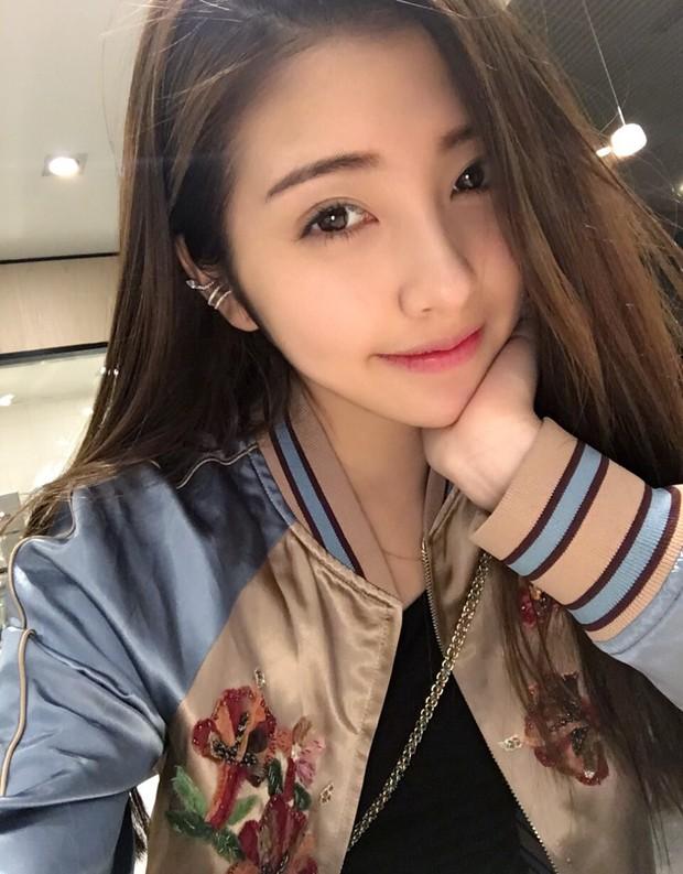 Đến bạn gái cũ Vương Tư Thông cũng bị bóc mẽ nhan sắc thật sau khi tắt nhầm filter làm đẹp tự động lúc livestream - Ảnh 5.
