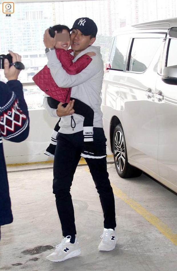 Dương Mịch sẽ về Hong Kong đón Tết cùng Tiểu Gạo Nếp để bù đắp tình cảm cho con gái? - Ảnh 5.