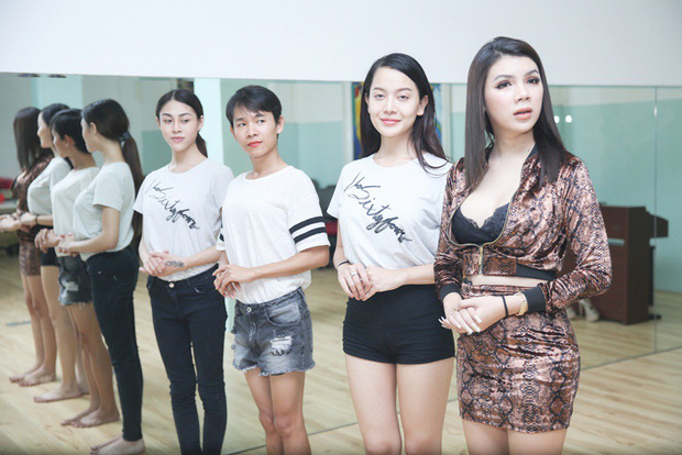 Chiêm ngưỡng nhan sắc ít son phấn và vóc dáng của các mỹ nhân chuyển giới kế nhiệm Hương Giang - Ảnh 12.