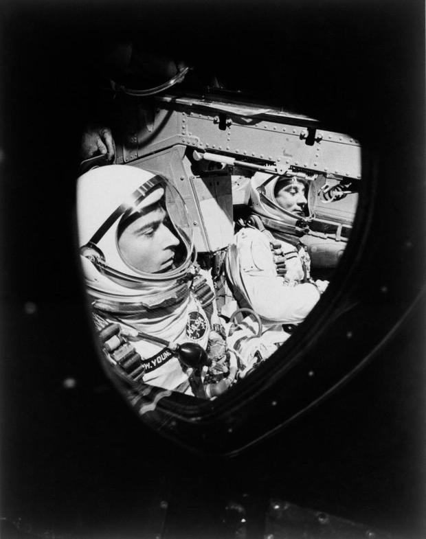 Phi hành gia thèm bánh sandwich đến mức mạo hiểm đưa chiếc sandwich thịt muối đầu tiên bay vào vũ trụ - Ảnh 3.