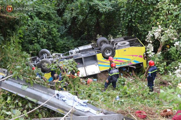 Vụ xe chở sinh viên rơi xuống vực đèo Hải Vân: Sức khỏe các nạn nhân đã ổn định nhưng một số em còn hoảng loạn tinh thần - Ảnh 3.