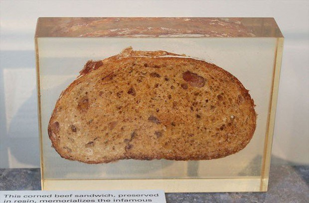 Phi hành gia thèm bánh sandwich đến mức mạo hiểm đưa chiếc sandwich thịt muối đầu tiên bay vào vũ trụ - Ảnh 6.