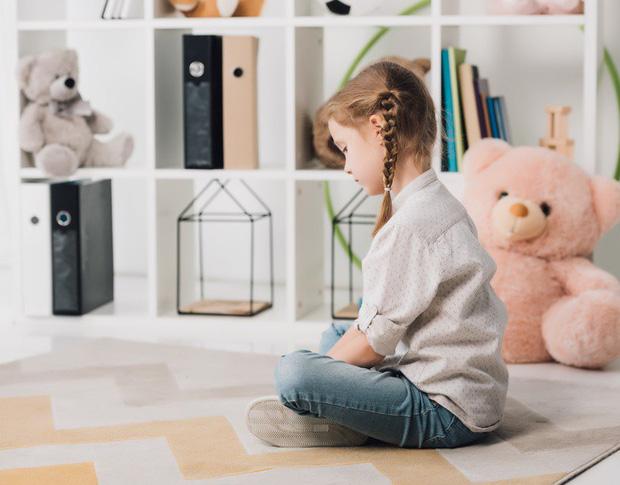 Trẻ con ngày nay cư xử thô lỗ vì 5 nguyên nhân xuất phát từ chính các bậc cha mẹ! - Ảnh 1.